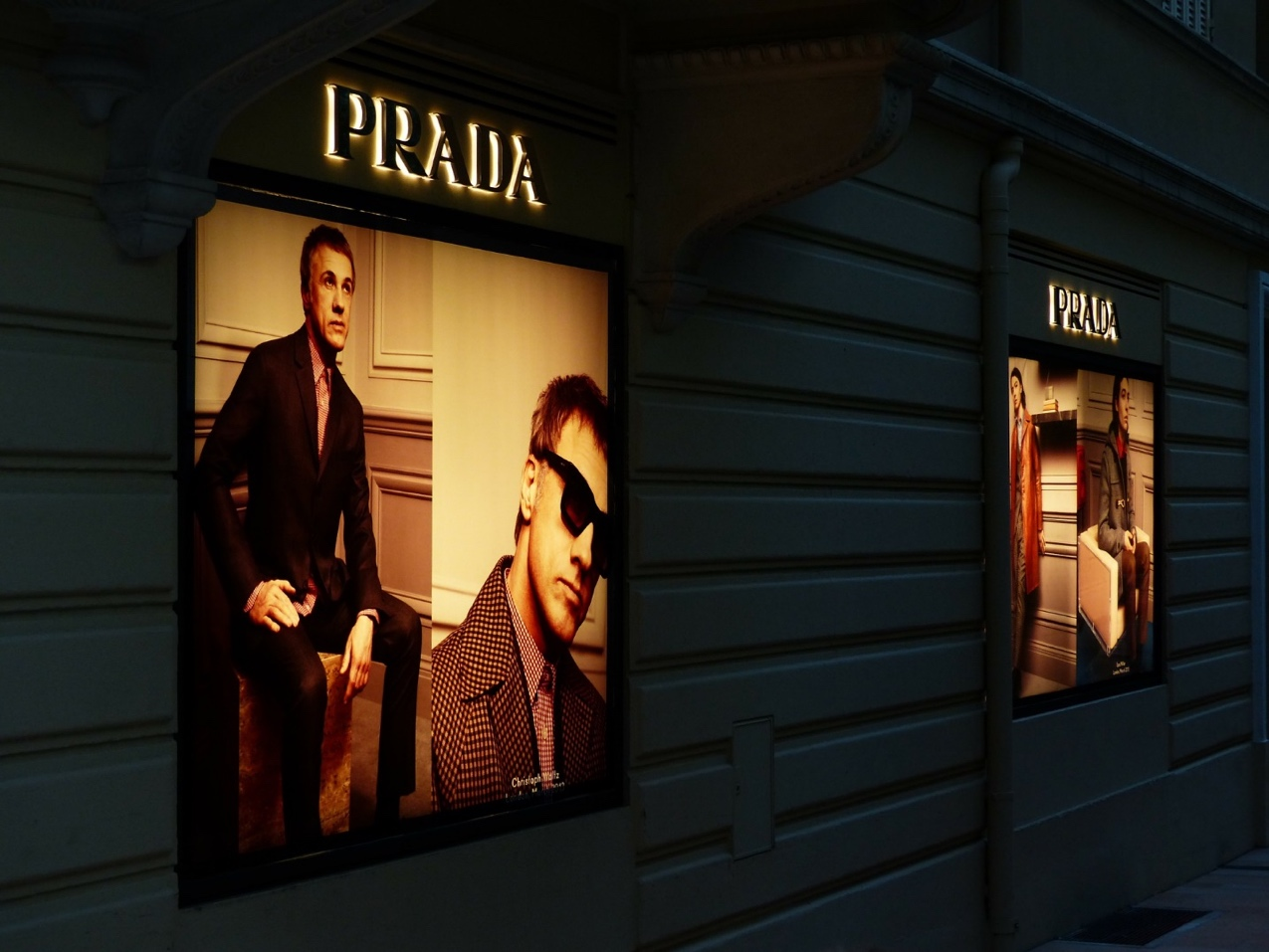 How to Design Effective Roller Banners