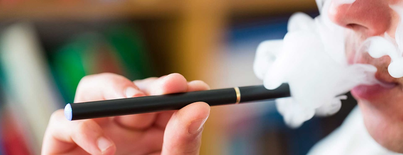 Benefits And Risks Associated With Vaping